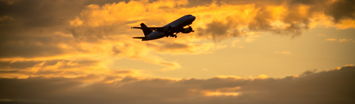 Luchthavenvervoer - opstijgen vliegtuig